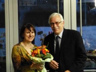 Frau Kählert wird von Hr. Sommer verabschiedet.