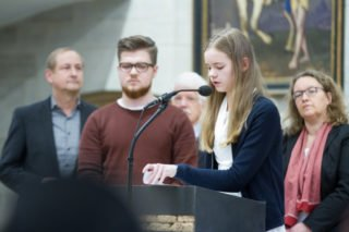 Zwei Schüler und zwei Lehrer berichten von ihren Erfahrungen mit Abschieden und Neuanfängen. Foto: SMMP/Ulrich Bock