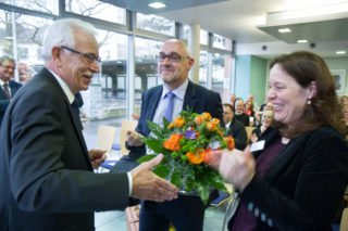 Dieter Sommer freut sich, dass sein Nachfolger und die neue Stellvertreterin aus dem Kreis des eigenen Kollegiums stammen. Foto: SMMP/Ulrich Bock